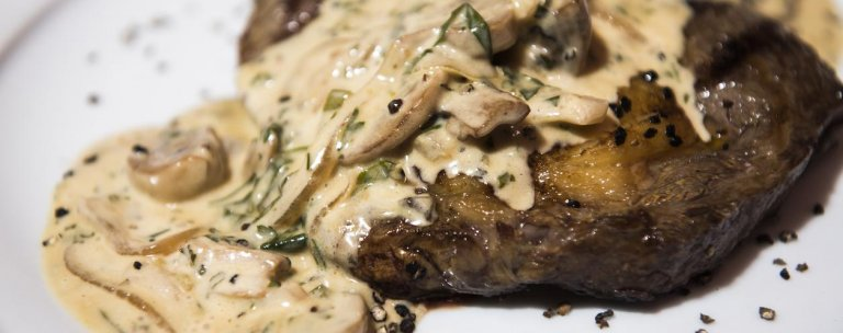 Steak With Creamy Mushroom Sauce Atkins Low Carb Diet